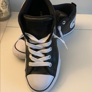 Converse mid leather sneaker